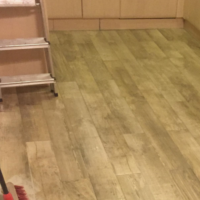 Tiling with underfloor heating